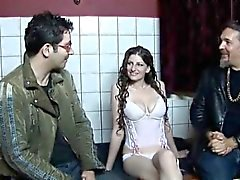 À Amsterdam prostituées plaire à une excitée Partie 1