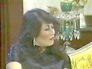 Cara recebe uma BJ do Blonde ao mesmo tempo relógios asiáticos da mulher