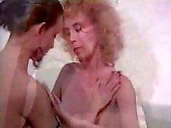 Hermaphrodite fucks girl
