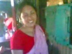 Indiska vågad par fan enligt shamina på fest