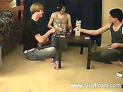 Eşcinsel lanet İz William onların yeni arkadaşını Austin nedeniyle bir araya gelerek