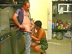 tiukat pussy kypsän saatanan keittiö