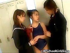 Extremt varma japanska skolflickor