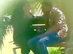 La fille arabe dans suceurs public et Main elle de prendre éjaculer sur