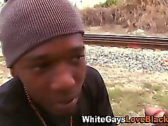 Interracial fottuta outdoor