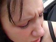 Ados amour énormes coqs anal Michelle cloué sur le capot spandex d'une voiture