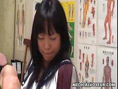Ecolière Spycam culminant Massage 1
