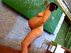 SDRUWS2 - Gravid lärare onanerar i klassrummet