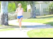 NN - Sıkı Spor Giyim oynamak kızlar