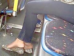 De shoeplay Bus