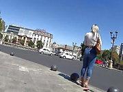 Jeans ve Topuklarda Curvy Kaltak