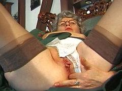 Oma Lippes geiler etiketi - Sahne 04