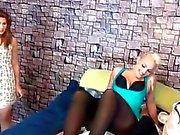 3 girls nylon foot worship