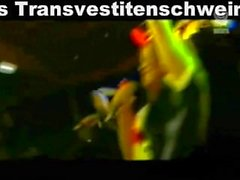 LatexMaidLuder Verreckt im Müllpresswagen UST scheiss Transvestitenschweine