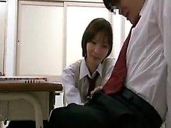 Sexig lärare hänger sig åt någon dick - gnidning i henne varma stu