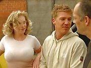 Blonde baisées par des ouvriers du bâtiment allemande
