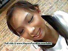 Mimi teini Kiinan tyttö antaasuihin