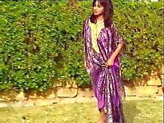 Intian Hottie Rashneen Kerim - Koram Outdoor Sex