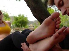 Footjob Babes Zehen Cummed