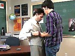 Homosexuell XXX Manchmal ist diese verworren Lehrer profitiert von sein