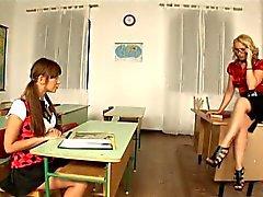 sletterig schoolmeisjes