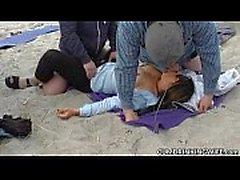 Halk plajları Creampie gangbangs