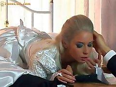 Nadja der atemberaubende Roussian Braut ruft geschlechtlich