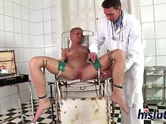 Raunchy C.J azgın doktorunu sikikleri