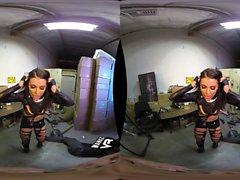 Zombie Slayers (Adriana Chechik, Megan Yağmuru, Arya Fae)