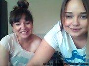 Äiti ja tytär Cam ...
