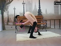 3 nude gymnasts perform splits and more..