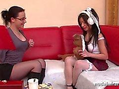FFM casting Duro de anal del canapé de una niña de Asiat francés