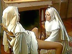 fisting Nonnen