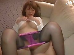 Amateur Japanese in pantyhose fucked