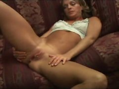 Sexy mature milf hurts an enormous black dick before fuck