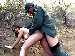 Pretty amateur girl banged by Mexican border patrol agent