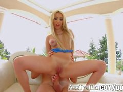 Asstraffic outdoor anal fucking for blonde babe