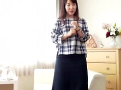 Amazing Japanese teen is an amateur on camera