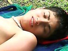Wird von Jungs gefickt 2 Latina sexy latina