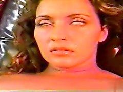 Ebenholz Mädchen Skin Diamond gibt heißen blasen