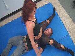 Savannah Fox Nylon Leg Domination and Scissors 4