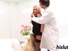 Lucky stud gets to bang two stunning blondes