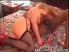 Amateur Heiß Ehefrau Geteilt