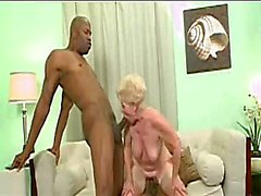 GILF has IR fun with 2 BBCs