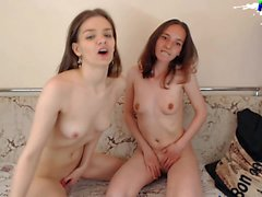 Cute Lesbian Teens fucking with Sexmachine on webcam