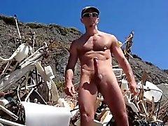 Nackt gay am strand männer Gay fkk