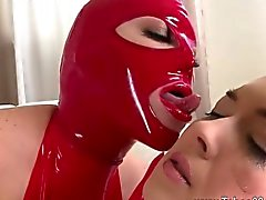Amiamo fetish latex copula come se