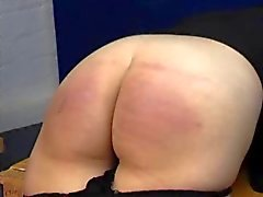 Spanking Caning - Jeans en Bare Bottom