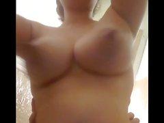 Bouncing Brüste Während Ficken