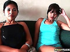 Two Philippinerin Bargirls Sucking eine weiße Schwänze